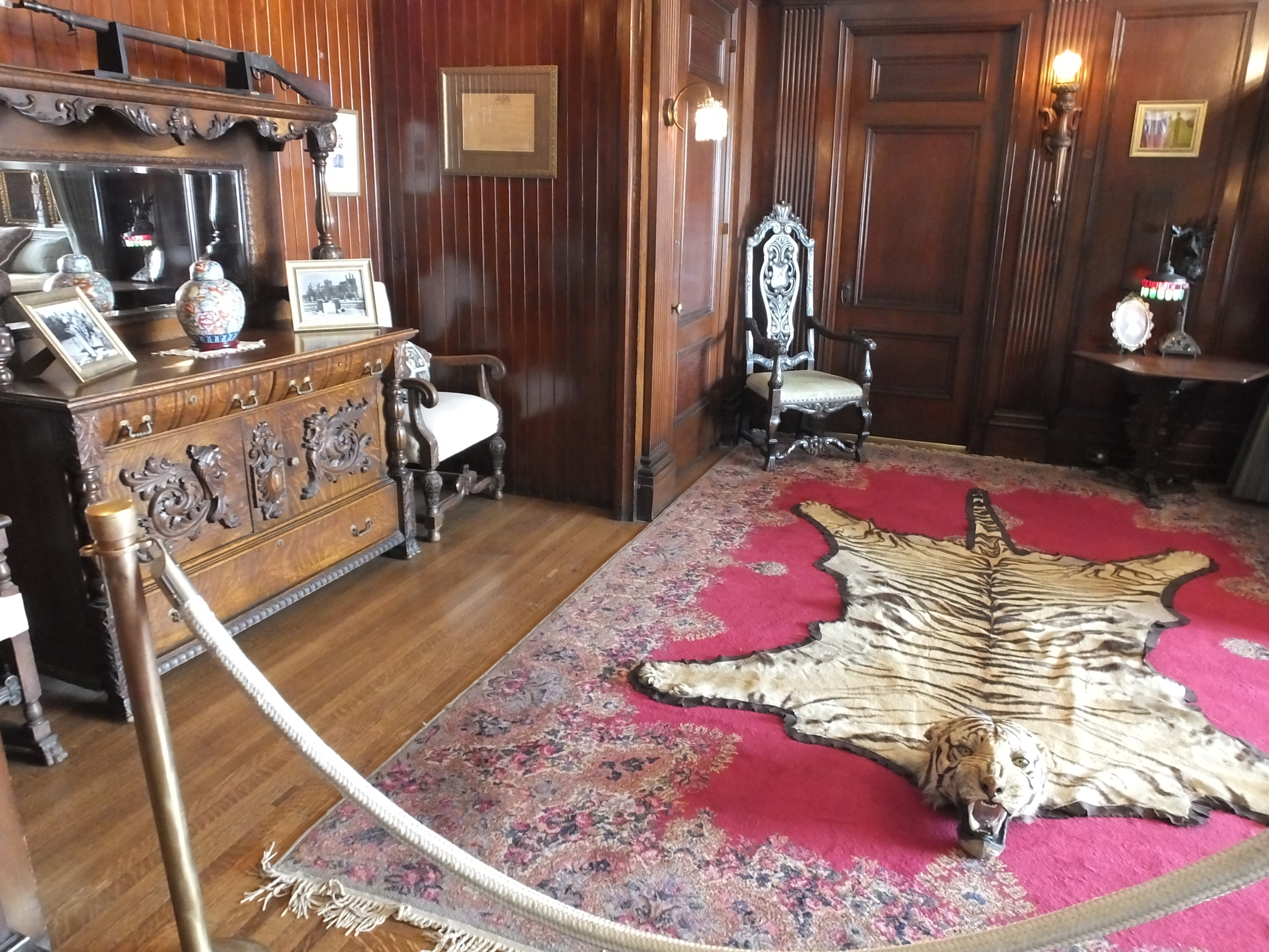 Sir Henry's Bedroom Suite